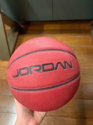 Bola de basquete pequena- Jordan Original