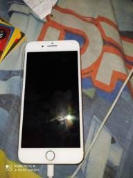 Iphone 8 Plus zero novo sem detalhes