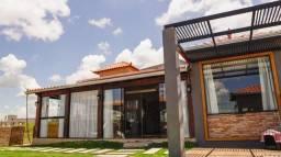 Casa em condomínio fechado na represa de Camargos