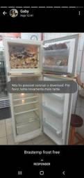 Vendo geladeira urgente