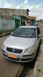 Carro Polo Sedan