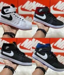 Tênis Botinha da Nike