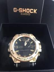 Relógio Mudmaster Stell - Preto e Dourado
