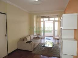 Excelente apartamento na Rua 13 de Maio
