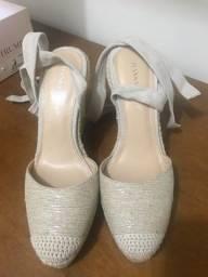 Sandália tipo anabela tamanho 38 importada - marca Ivanka Trump