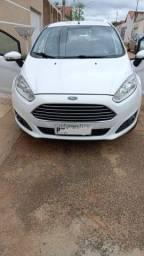 Vendo New Fiesta 1.6 automático completo Ano 15/15 único dono 95 mil km