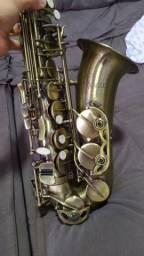 Sax alto Eagle Sa500