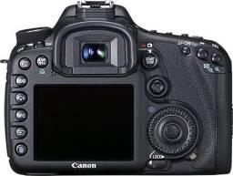 Câmera 7D Canon - seminova
