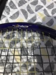 Raquete para a prática de tênis profissional
