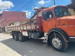Caminhão 1313 MERCEDES