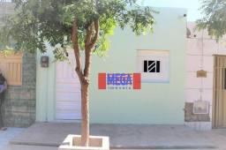 Casa mobiliada no Frei Damião