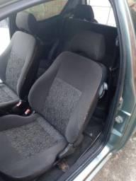 Trocou meu Ford KA e meu material de açougue