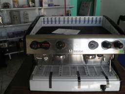 Máquina de café expresso semi-automática