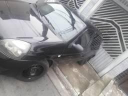 Clio 2011 4 portas - 2011