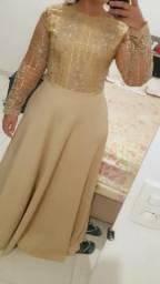 Alugo vestido vongo de festa dourado
