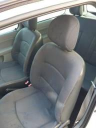 Vendo Clio 1.0 básico (repasse) - 2006