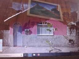 Otima casa no centro de alcobaça ba
