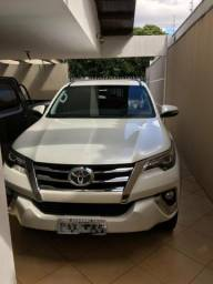 Toyota hilux sw4 4×4 disel - 2017