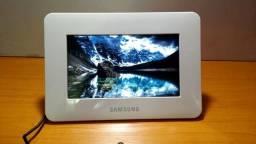 Porta Retrato Samsung 7 Pol Branco 1GB Armazenamento