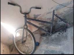 Vendo Pia de banheiro, Quadro de bicicleta e cadeirinha