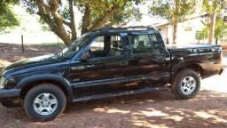 S10 diesel 4 portas ,4x2,6 lugares