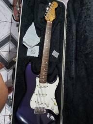 Fender stratocaster 1998 MIM Troco por violão ps4 ou Xbox one mais volta