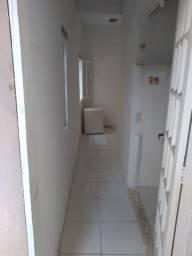 Kitnet dentro de Condomínio, em São Cristóvão