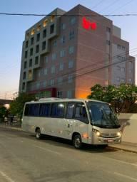 Micro Ônibus Comil 2012 - 29 lugares com banheiro