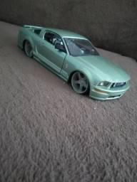 Miniatura carro Mustang GT