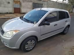 Fiesta Hatch Rocam 1.0 flex 8v completo, IPVA pago, financia pelo banco