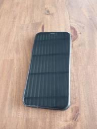 Iphone XR preto com fone lacrado e carregador