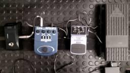 Kit de Pedais de Guitarra Behringer / Afinador Korg