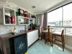 Apartamento Semi-Mobiliado com 3 Dormitórios sendo 1 Suíte em Balneário Camboriú