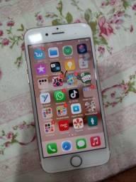Vendo iPhone 7 rose 32 gigas!!! Aceito cartão