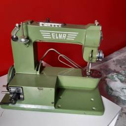 Maquina de costura Elna suíça 1940