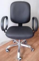 Cadeira Diretor C/Base cromada
