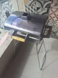 Churrasqueira Pequena Alumínio Injetado e Polido da DURAFORT  R$ 230,00
