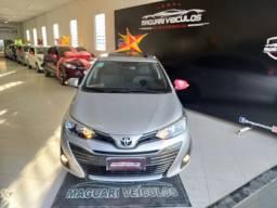 Toyota yares XLS com teto solar com apenas 3  mil km rodados !!!!!