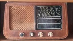 Rádio antigo clipper