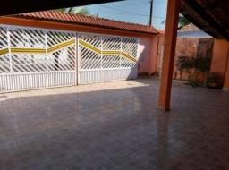 Compre sua casa com 2 quartos em Ponta de Pedra