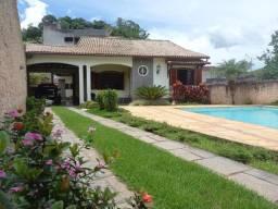 A RC+Imóveis vende uma casa colonial no centro de Três Rios - RJ