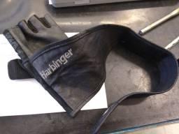 Luva de musculação Harbinger... mão direita.