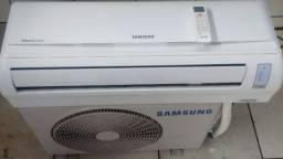 Central de ar condicionado Samsung 12 mil btus,  entregue instalada