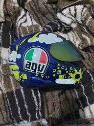 Título do anúncio: Vendo capacete AGV original