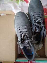 tênis na caixa original Nike SB