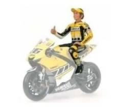 Miniatura Valentino Rossi Figura 2005 Motogp 1/12 Minichamps