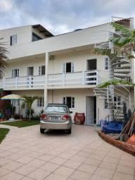 Aluguel Anual de apartamentos na Barra da Lagoa R$:1.300,00