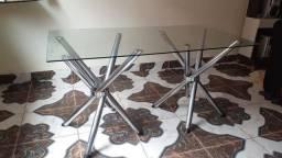 Mesa de vidro e inox
