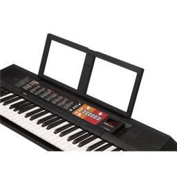 teclado com acessórios