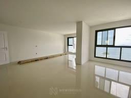 Apartamento com 04 suítes em Balneário Camboriú